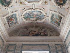Palacio. Sala del primer piso.