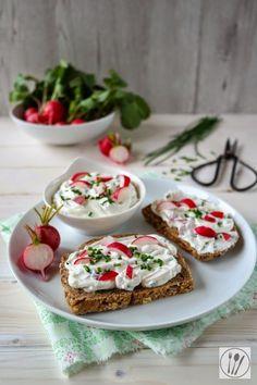 Frühlings-Aufstrich mit Radieschen I Spring spread with radish