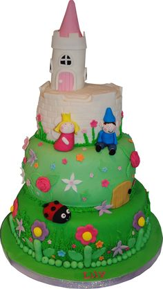 Ben and Holly cake, starry cakes northampton, www.starry-design-studio.co.uk