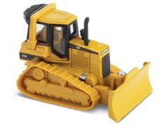 CAT D5M Tracked Tractor Diecast Model Tractor by Norscot 55401 This CAT D5M Tracked Tractor Diecast Model Tractor is Yellow and features working blade. It is made by Norscot and is 1:87 scale (approx. 5cm / 2.0in long).    Blister pack version with static tracks.