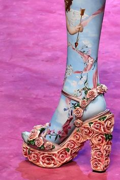 Pretty Shoes, Cute Shoes, Me Too Shoes, Look Fashion, Fashion Shoes, Fashion Accessories, Milan Fashion, Funky Shoes, Crazy Shoes