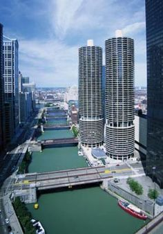 Marina City Condominiums (inspired by corn cobs...) in downtown Chicago