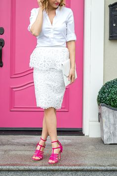 Wearing an all white outfit and pink Zara heels with fringe detail. Lovely white peplum skirt from Pink Peonies, Rachel Parcell collection. http://finastyleblog.com/2017/03/white-peplum-skirt/