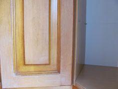Komoda Pomysłów: Jak pomalować meble kuchenne? Armoire, Relax, Mirror, Furniture, Home Decor, Clothes Stand, Decoration Home, Closet, Room Decor