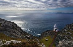 Sheeps Head, County Cork.  For the top ten most interesting facts about Cork, read here: http://irsh.us/11bH7Q0  (Credit - Tourism Ireland)