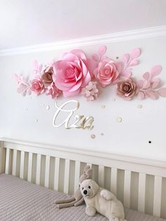 of 7 Premium Quality Paper Flowers - Luxury Paper Flowers - Baby Girl Room Paper Flowers (code: Set aus 7 Premium Qualität Papierblumen Luxus-Papier-BlumenSet aus 7 Premium Qualität Papierblumen Luxus-Papier-Blumen Large Paper Flowers, Paper Flower Wall, Paper Flower Backdrop, Flower Wall Decor, Diy Flowers, Flower Decorations, Wall Flowers, Nursery Wall Decor, Girl Nursery