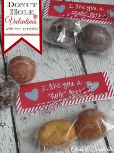 "I Like You A ""Hole"" Lot donut hole treat toppers with free printable. - Clean and Scentsible"