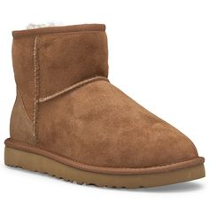 - Twinface sheepskin upper in chestnut - Mid-shaft construction - Slip-on fit…