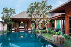 """Im Herzen von Bali verbindet das Resort """"Mandapa"""" Traditionen und Spiritualität der Insel mit einem gelassen-globalen Verständnis von Luxus."""