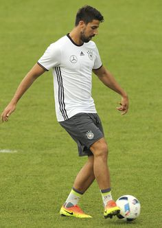 Sami Khedira of Germany kicks a ball during the German national team's pre-EURO 2016 training camp on May 28, 2016 in Ascona, Switzerland.