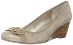 Bandolino Women's Niantic Wedge Pump, Gold Synthetic  Size 7.5 please!