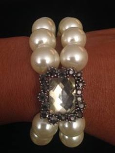 Perfectly Beautiful for Mothers Day! click on bio http://amzn.to/1TzLJrt check out the website for all different combinations #pearls #love #fashion #fashionblog #trend #trendy #trenset #festival #fashionaddict #girls #jewelry #sales #saleitem #trendsetter #cotour #marketing #facebook #twitter