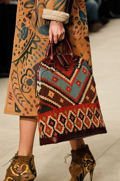 Burberry Prorsum Fall 2014 Ready-to-Wear bags