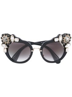 MIU MIU EYEWEAR . #miumiueyewear # Black Cat Eyes, Protective Cases, Cat Eye Sunglasses, Miu Miu, Eyewear, Luxury, Metal, Shopping, Style