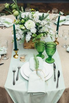 New Wedding Decorations Table Green Receptions Ideas Wedding Centerpieces, Wedding Table, Rustic Wedding, Wedding Decorations, Table Decorations, Emerald Green Weddings, Wedding Mint Green, 25th Wedding Anniversary, Deco Table