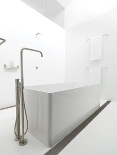Bathroom Floor and Walls | Corian