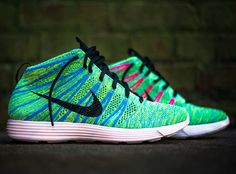 Nike Lunar Flyknit Chukka fans, get ready to open up your wallets again as the newest colorway of your favorite model has dropped. Set against a flyknit upper Nike Id Shoes, Nike Shoes Cheap, Nike Free Shoes, Nike Shoes Outlet, Cheap Nike, Men's Shoes, Nike Lunar, Best Sneakers, Sneakers Nike