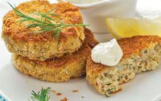 Chiftelele din peşte, un preparat delicios FOTO Shutterstock Salmon Burgers, Dinner, Ethnic Recipes, Food, Dining, Salmon Patties, Food Dinners, Meals, Yemek