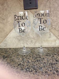 bride to be and groom to be wine glasses, bride to be, wedding decor, wine glass, personalized wine glass, groom to be