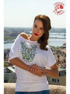 Turánia Kézműves Bolt White Shorts, T Shirts For Women, Lace, Tops, Fashion, Tunic, Moda, Fashion Styles, Racing