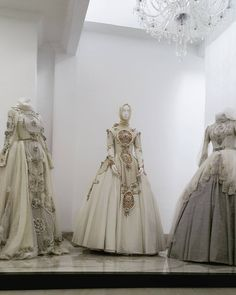 Which one your favorite? #AyuDyahAndari #weddinggown #hijabweddingdress #IndonesianDesigner