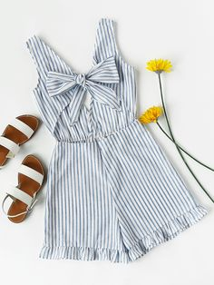 Striped Cut Out Knot Front V Back Frill Romper / Dekora Cruise Outfits, Mom Outfits, Cute Summer Outfits, Spring Outfits, Fashion Outfits, Denim Dungaree Shorts, Two Piece Outfit, Looks Style, Playsuits