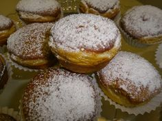 Biscuits, Cake Recipes, Dessert Recipes, Muffins, Food Inspiration, Donuts, Chicken Recipes, Recipies, Deserts