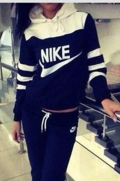 Perfect nike hoodie and workout pants!