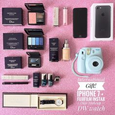 INTERNATIONAL GIFTI've partnered with my favourite bloggers/youtubers/ influencers to give one lucky follower: an Iphone 7 a cute Fujifilm Instax Camera DIOR makeup and one DW watch.  To participate:  1. FOLLOW ME.  2. LIKE this picture.  3. GO TO @rachelvogttrends and repeat the steps.  4. Follow this same steps on every account until you come back to me or the account you started with and leave a comment when you're done.  5. If you want a double chance to win TAG 3 friends in this pic…