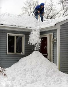 How to Prevent Ice Dams | Roof Snow Removal Edmonton | 1.780.424.7663 | www.edmontonroofsnowremoval.com | a Division of General Roofing Systems Canada (GRS)