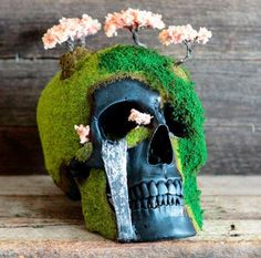 Bonsai and Skull Sculptures by Jack of the Dust.