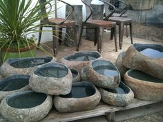 Ishi Bachi (Stone Bowls): A very natural bachi with a rustic patina and generous polished basin and flat bottom. Japanese Bird, Japanese Water, Japanese Garden Design, Japanese Gardens, Stone Basin, Stone Bowl, Outdoor Garden Lighting, Outdoor Gardens, Japanese Stone Lanterns