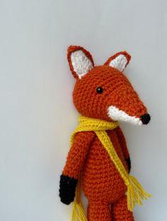 d55dbc214f9b Peluche Renard et son écharpe au crochet en alpaga et laine   Jeux, peluches ,