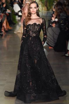 I knew there was a reason why if like black so do So much @ElieSaabWorld #couture it stunning