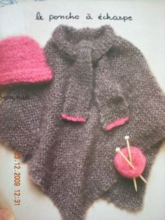 modèle tricot poncho fille Poncho Knitting Patterns, Knitted Poncho, Girls Poncho, Vest Pattern, Knit Vest, Crochet Clothes, Fur Coat, Pullover, Sweaters
