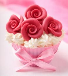 Cupcake decorated with marzipan roses