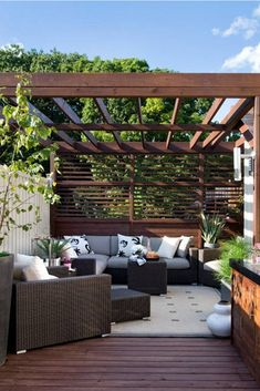 The pergola kits are the easiest and quickest way to build a garden pergola. There are lots of do it yourself pergola kits available to you so that anyone could easily put them together to construct a new structure at their backyard. Petite Pergola, Small Pergola, Small Backyard Design, Pergola Attached To House, Deck With Pergola, Backyard Patio Designs, Outdoor Pergola, Backyard Pergola, Pergola Shade