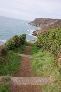 Beau Site, Normandy France, Photos Voyages, The Good Place, Country Roads, Ocean, World, Travel, Outdoor