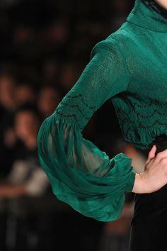 Clothing - Full sleeve blouse Zang Toi at New York Fashion Week Fall 2011 NBNB sleeves Sleeves Designs For Dresses, Sleeve Designs, Blouse Designs, Full Sleeves Design, New York Fashion, High Fashion, Womens Fashion, Fall Fashion, Fashion Beauty