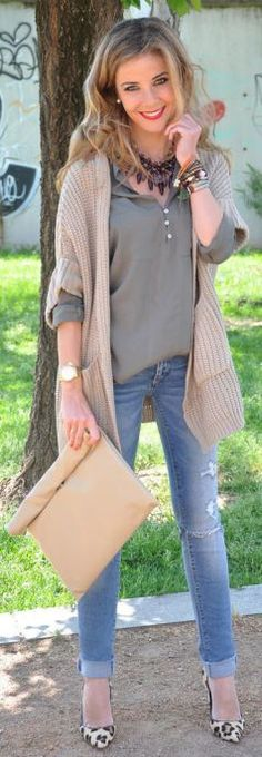 Beige cardigan with jeans, beige cardigan outfit