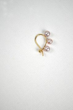 Quarry Triptych 3 lavender pearl earring