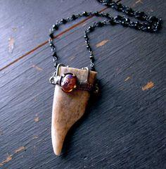 Opale et andouiller de cerf véritable Astuce par FreyjaJewels