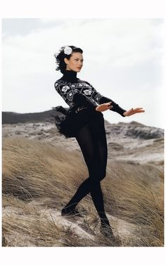 Shalom Harlow - Chanel Campaign 1996 Photo Karl Lagerfeld b1