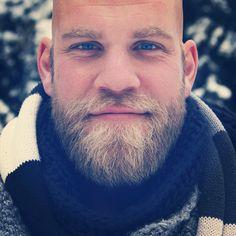 blonde beard and mustache beards bearded man men mens& style . Bald With Beard, Bald Men, Hairy Men, Bearded Men, Beard Boy, Sexy Beard, Beard No Mustache, Moustaches, Great Beards