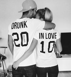 I love this! Who wants to take this picture for Blake and I?!