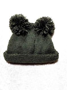 Gorro infantil de lana. ( Dos agujas y dos pompones) | Manualidades