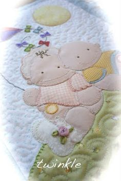 TWINKLE PATCHWORK: baby-quilt