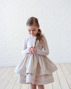 Cute Kids Fashion, Little Girl Fashion, Toddler Fashion, Little Girl Dresses, Girls Dresses, Flower Girl Dresses, Little Girls, Outfits Niños, Kids Outfits