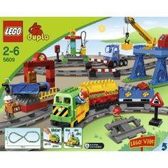 LEGO Duplo 5609 - Eisenbahn Super  Spielzeug  OOooooo!!! Perfect!! Will ask Santa!