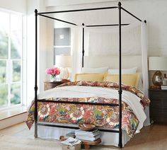 Bold blooms and strokes of colorful foliage create this striking pattern // Juliette Organic Duvet Cover